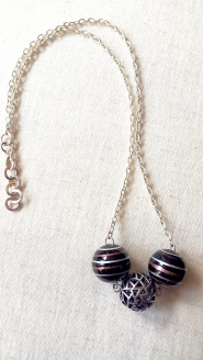 3 ball necklace